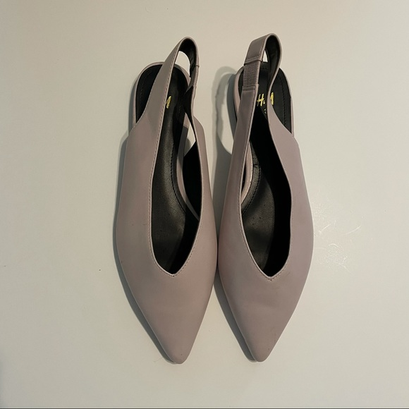 H&M pale lavender gray pointed toe slingback flats